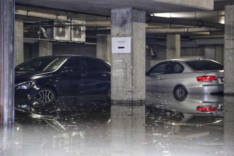 Co zrobić z samochodem po powodzi